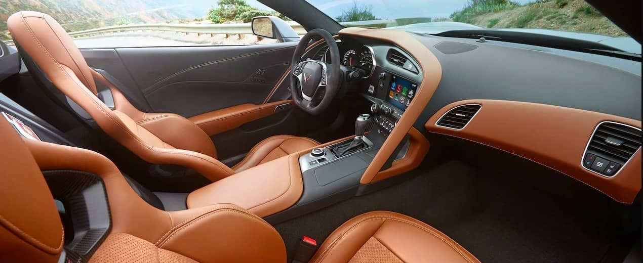 New Corvette Stingray >> 2019 Chevrolet Corvette Stingray Interior Features Serra Chevrolet