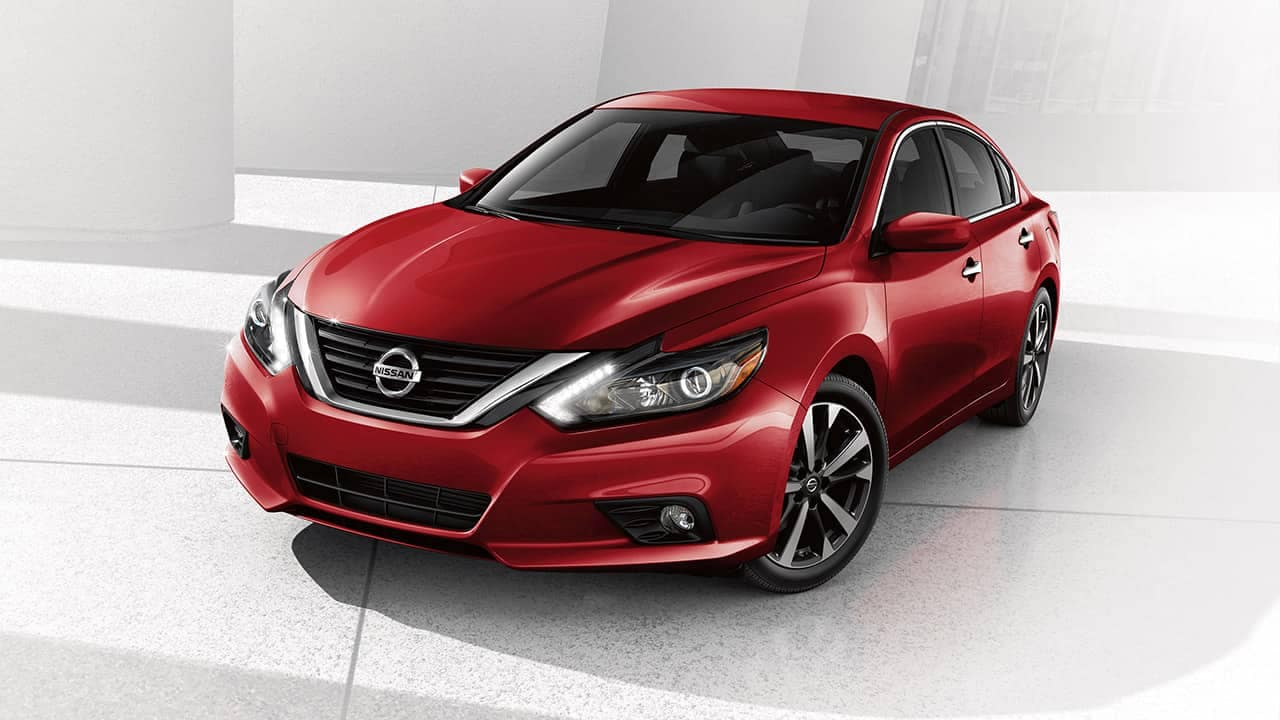 Delightful Certified Pre Owned Nissan Altima DE