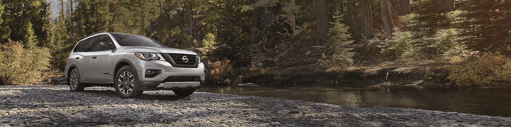 2020 Nissan Pathfinder at Nissan Dealer Townsend DE