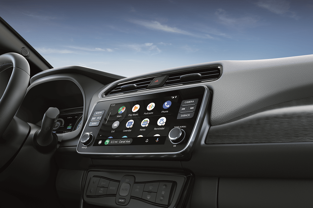 2020 Nissan LEAF Technology Features