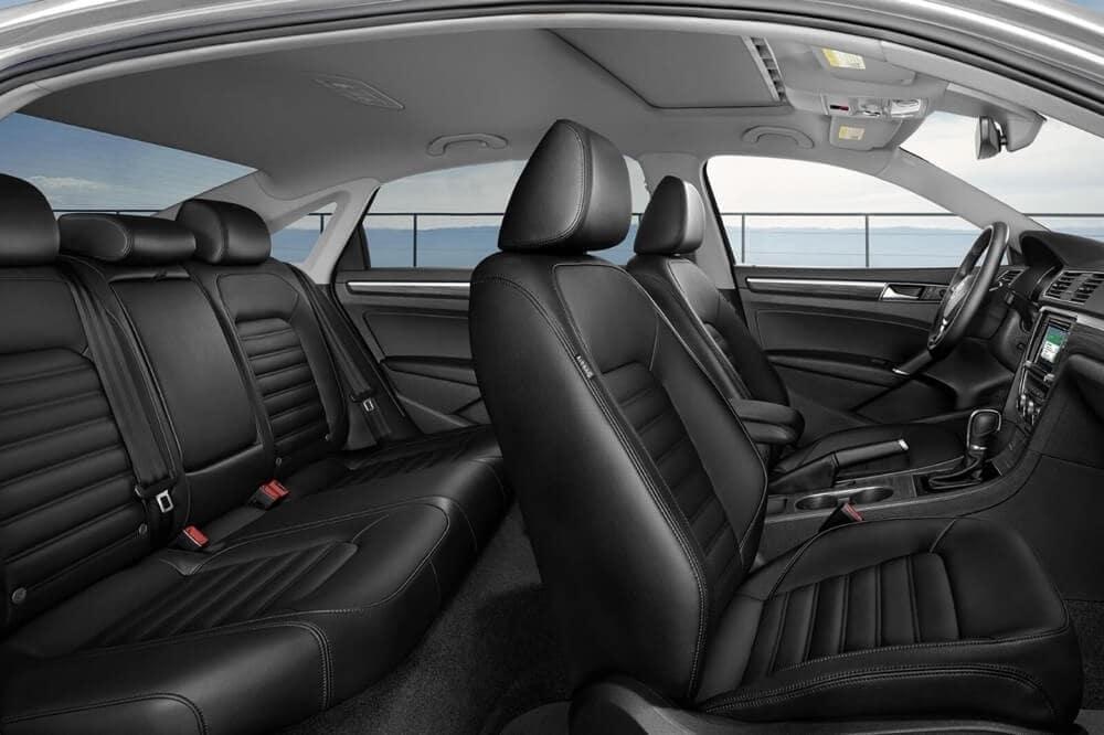 2018 Volkswagen Passat Interior 01