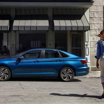 2019 Volkswagen Jetta SEL Premium in silk blue metallic side view