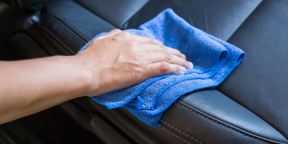microfiber cloth cleaning seat