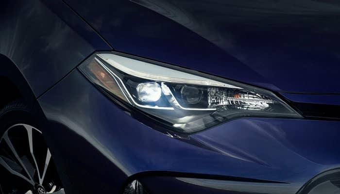 2019 Toyota Corolla LED Headlights