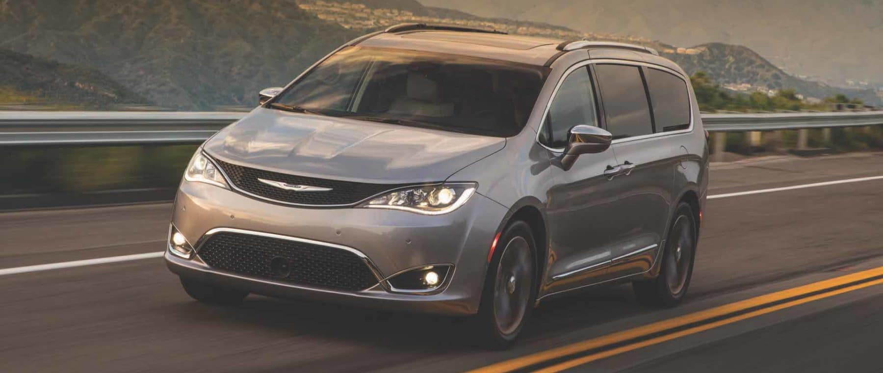 chrysler-pacifica-on-highway
