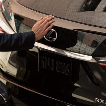 Lexus RX touchless rear gate