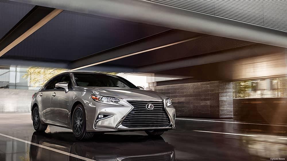 2018 Lexus ES Driving