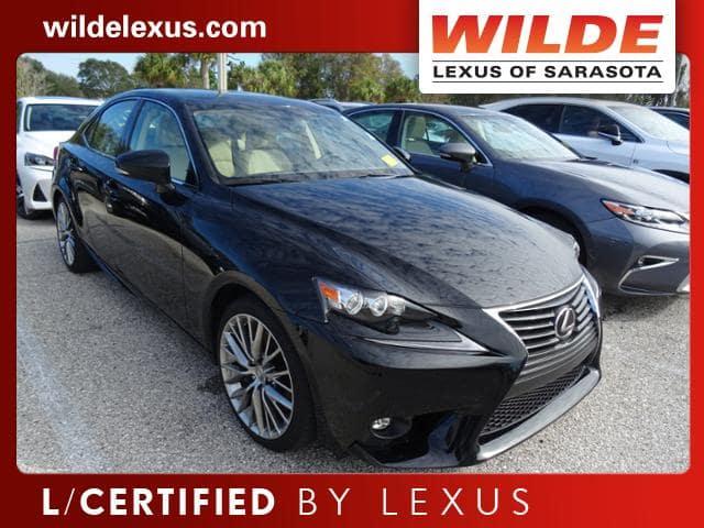Certified Pre-Owned 2016 Lexus IS 200t