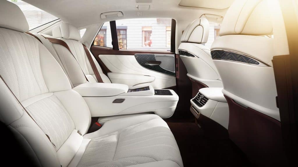 The Lexus LS 500 Boasts a Top Interior