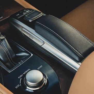 2019 Lexus GS Features
