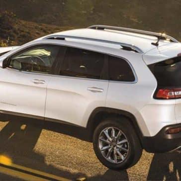 2018 Jeep Cherokee Driving
