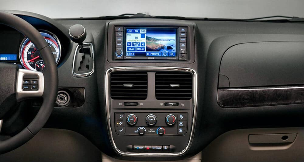 2017 Dodge Grand Caravan Technology