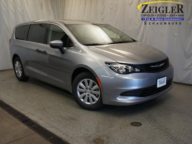 Shop the New 2018 Chrysler Pacifica!