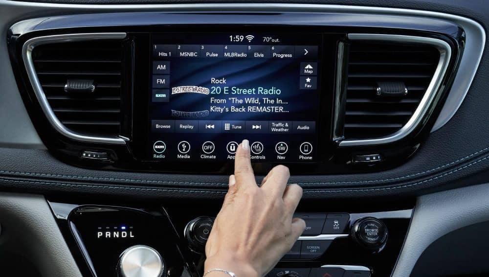 2018 Chrysler Pacifica SIrius Radio