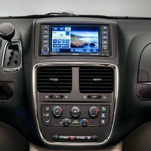 2018-Dodge-Caravan-Touchscreen
