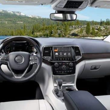 2019 Jeep Grand Cherokee Dash