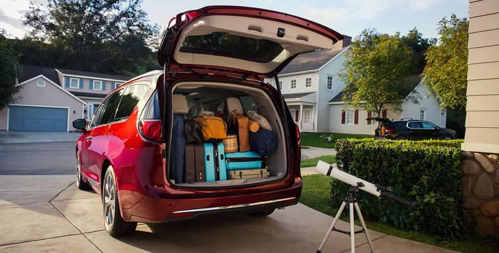 2019 Chrysler Pacifica cargo space